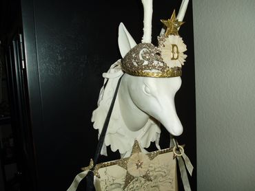 Crown_deer_head